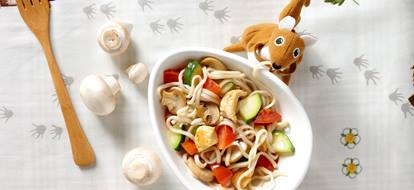 Noodles met kip en champignons