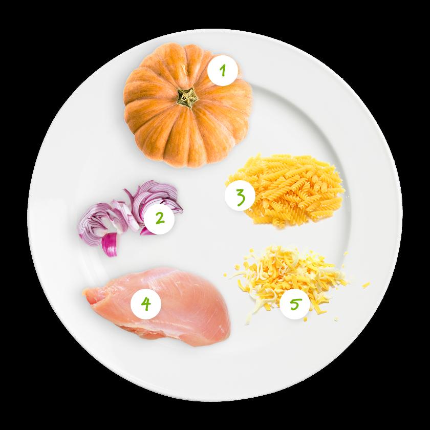 ingrediënten pasta met kip en mini pompoen