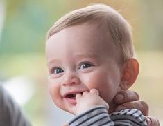 baby eerste lachje